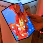 Huawei Mate X со складным экраном и 5G