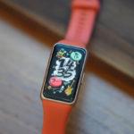 Обзор фитнес-браслета Huawei Band 4. Покупать или нет