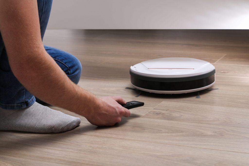 Как правильно выбрать моющий робот-пылесос
